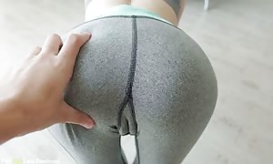 Step Sister In Leggings is aware of How To educate Her excellent booty